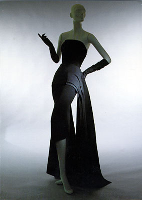 http://www.artnet.com/Magazine/features/klein/Images/dior3.jpg