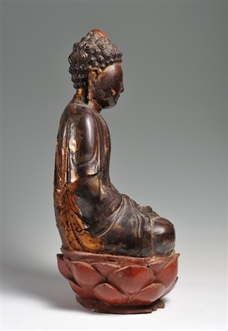a large gilt and lacquered wooden figure of shakyamuni buddhabrming dynasty 15th16th century height 60 cm