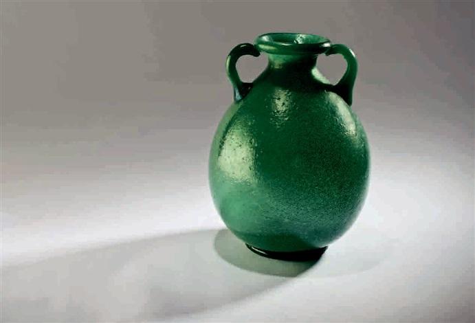 vaso ad anfora by napoleone martinuzzi