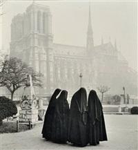conciliabule de religieuses devant notre-dame by albert monier
