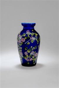 vase by artisti barovier