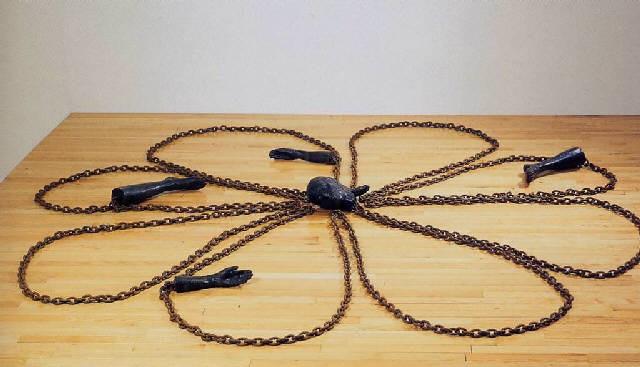 daisy chain by kiki smith