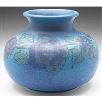 vase by louise abel