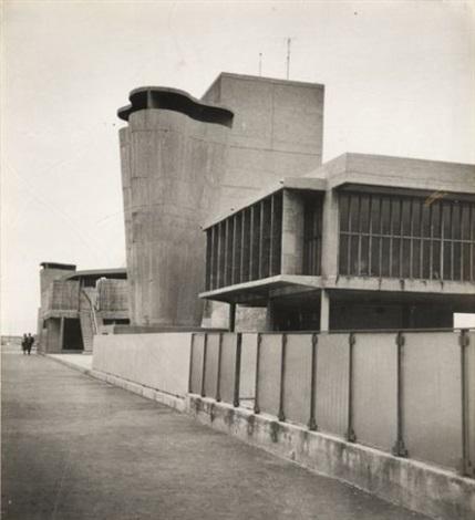 toit terrasse de la cité radieuse marseille by louis sciarli