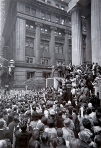robert fitzgerald kennedy devant wall street, new york by vytas valaitis