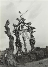 cruce de chalma (cross at chalma) by manuel alvarez bravo