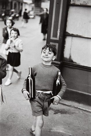 rue mouffetard by henri cartier bresson