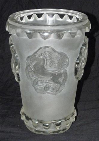 camargue vase by rené lalique