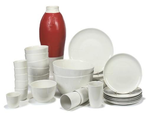 b set dinnerware redwhite vase 2 works by hella jongerius