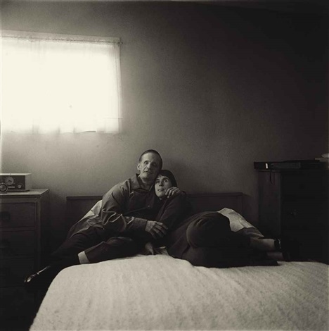 a blind couple in their bedroom queens ny by diane arbus