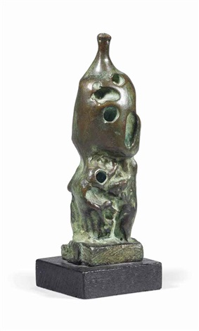 standing figure no 1 by henry moore