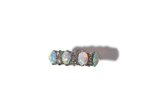 fine opal ring with diamonds in 18 carat gold around 1880