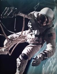 première sortie extravehiculaire américaine survol du nouveau mexique. (gemini iv, 3 juin 1965) by james mcdivitt