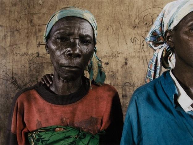 kunhinga portraits albertina natatu and amelia catembo by guy tillim