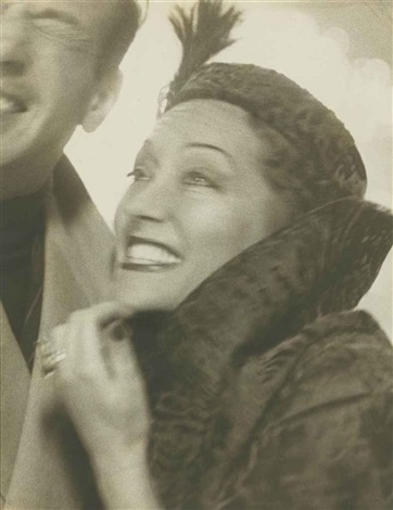 gloria swanson and josé ferrer pennsylvania station new york by richard avedon