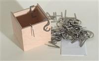 ohne titel. holzbox mit 55 buchstaben aus gebürstetem mit einem faltblatt by robert barry
