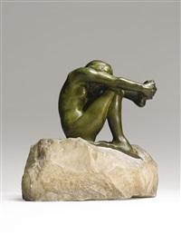 désespoir, grand modèle (version avec base découpée sur socle de marbre) by auguste rodin