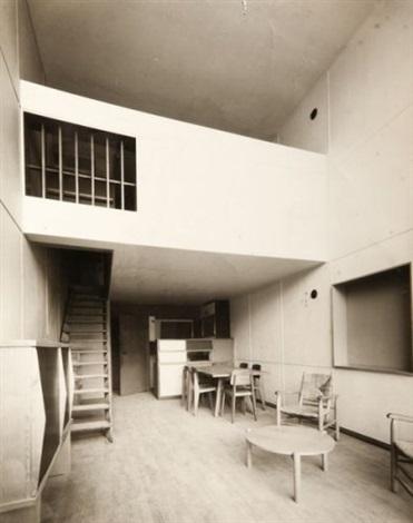 intérieur dun appartement de la cité radieuse marseille by louis sciarli