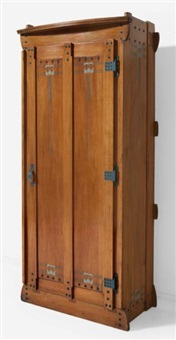 armoire modèle silex by gustave serrurier-bovy