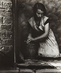 young housewife, bethnal green, london by bill brandt