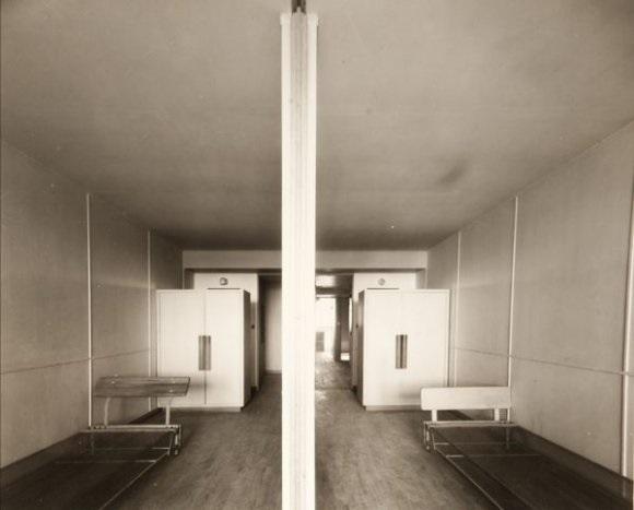 chambres denfants de la cité radieuse marseille by louis sciarli