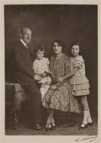 portraits de mr gaumont, créateur de la compagnie cinématographique et de sa famille (3 works) by paul nadar