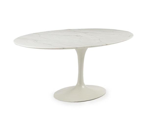 An Eero Saarinen For Knoll Tulip Dining Table By