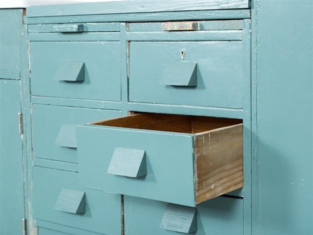 frankfurt kitchen by margarete sch tte lihotzky on artnet. Black Bedroom Furniture Sets. Home Design Ideas