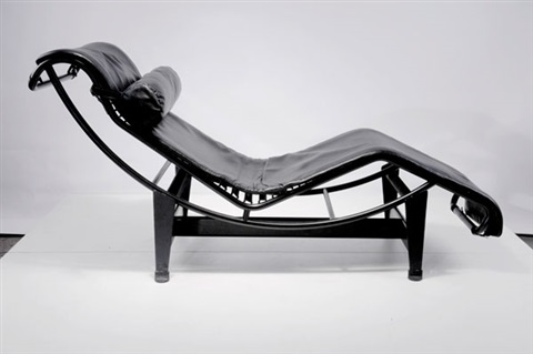 Chaise longue basculante lc 4 liege by le corbusier for Chaise longue basculante