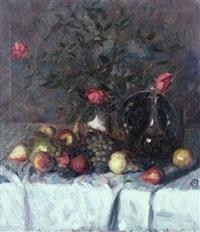 stilleben mit rosen, früchten und flasche by ugi battenberg