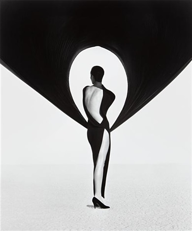 versace dress back view el mirage by herb ritts
