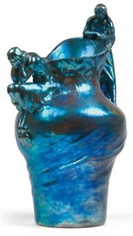 vase mit satyr und nymphe by lajos mack