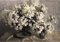 vita blommor i vas by piotr alberti