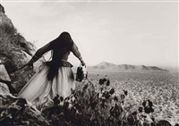 mujer, angel, sonora desert by graciela iturbide