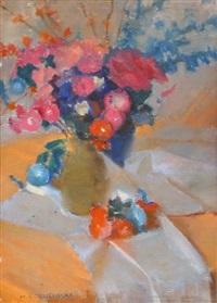 martwa natura - kwiaty na stole by michal borucinski