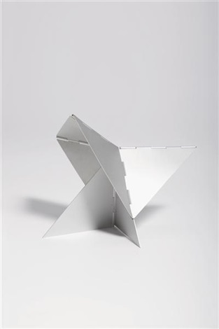 caranguejo (from the bichos series) by lygia clark