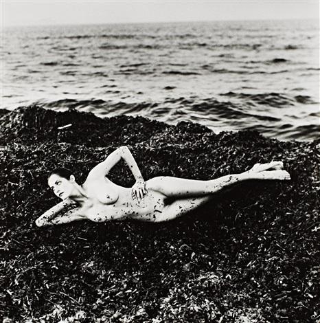 nude in seaweed st tropez by helmut newton
