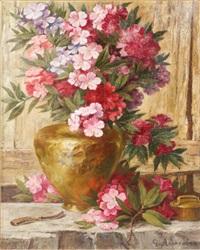 vase de fleurs sur un entablement by g. axensalva