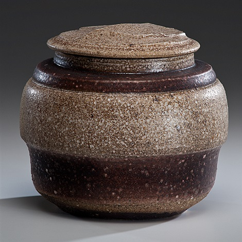 lidded salt glazed vessel by karen karnes