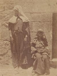 femmes chrétiennes de béthleem, couvent de la flagellation, jérusalem by ernest benecke