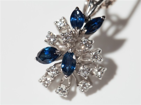 suite of 18 carat white gold with sapphires & diamonds, 1970s
