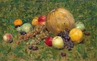 früchtestillleben mit äpfeln und weintrauben by karl hartmann