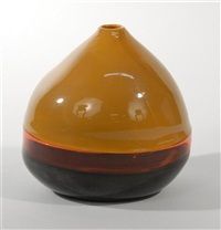 capello ducale vase by thomas stearns