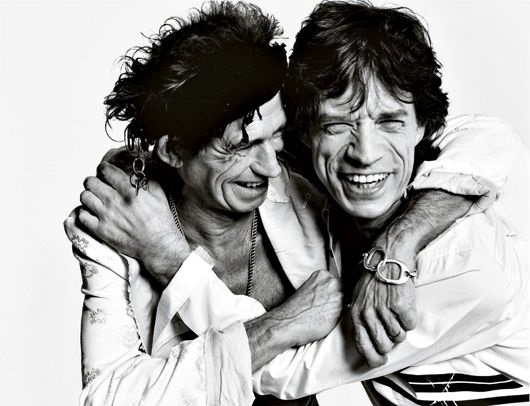 http://www.artnet.com/WebServices/images/ll00025lldtGjGFgZj4G3CfDrCWvaHBOcSYvC/mario-testino-keith-richards-and-mick-jagger,-los-angeles.jpg