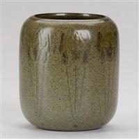 vase by arthur hennessey