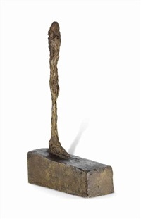 figurine au grand socle by alberto giacometti