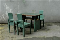 vier stühle und schreibtisch by huib hoste