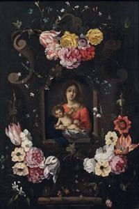 vierge à l'enfant avec des fleurs en feston by daniel seghers and cornelis schut the elder