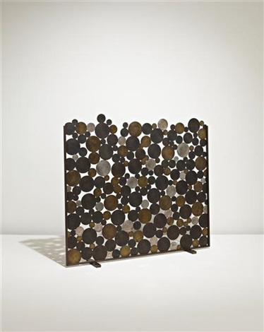 discs fire screen by francesca amfitheatrof