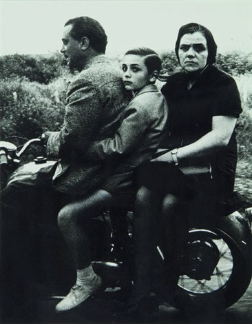 holy family on moto rome by william klein